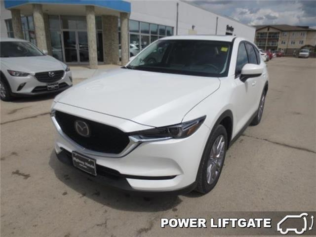 2019 Mazda CX-5 Signature Auto AWD (Stk: M19052) in Steinbach - Image 1 of 22