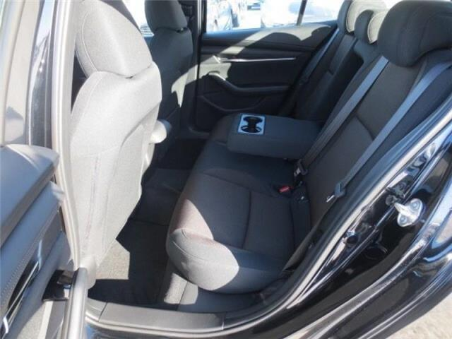 2019 Mazda Mazda3 GS Auto i-Active AWD (Stk: M19058) in Steinbach - Image 9 of 22
