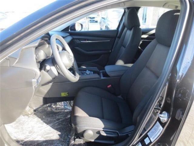 2019 Mazda Mazda3 GS Auto i-Active AWD (Stk: M19058) in Steinbach - Image 10 of 22