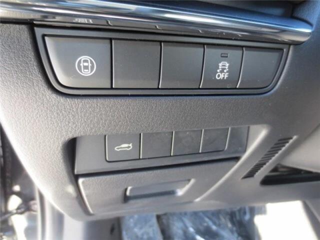 2019 Mazda Mazda3 GS Auto i-Active AWD (Stk: M19058) in Steinbach - Image 12 of 22