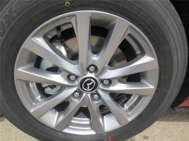2019 Mazda Mazda3 GS Auto i-Active AWD (Stk: M19080) in Steinbach - Image 7 of 29