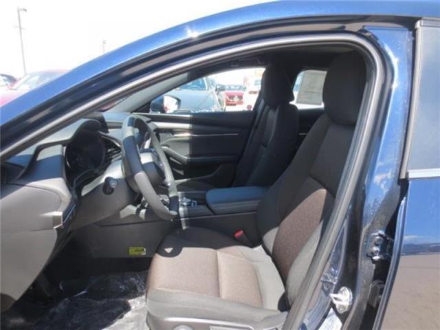 2019 Mazda Mazda3 Sport GS (Stk: M19083) in Steinbach - Image 11 of 22