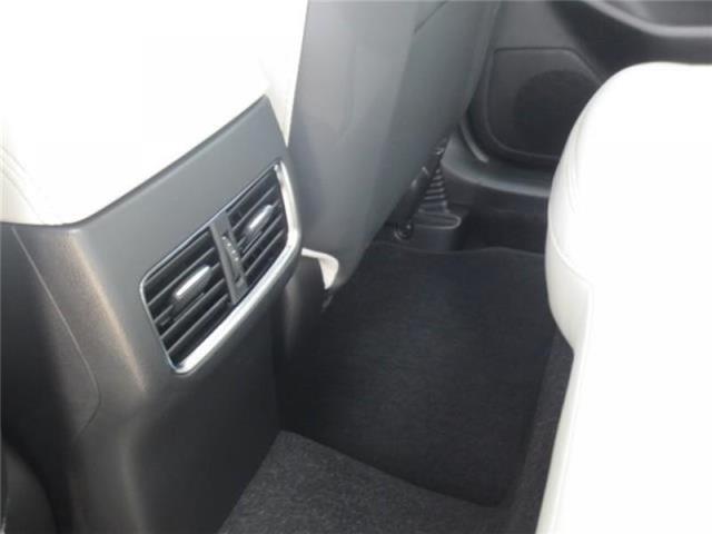 2019 Mazda CX-5 GT w/Turbo Auto AWD (Stk: M19086) in Steinbach - Image 17 of 22