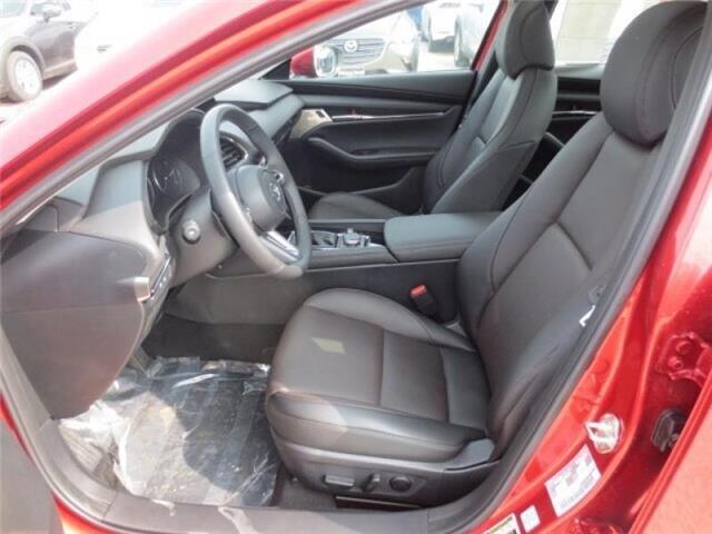 2019 Mazda Mazda3 GT Auto FWD (Stk: M19120) in Steinbach - Image 11 of 35