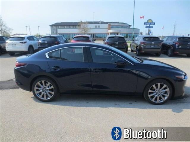 2019 Mazda Mazda3 GT Auto i-ACTIV AWD (Stk: M19126) in Steinbach - Image 4 of 37