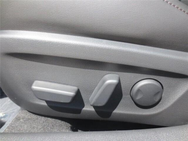 2019 Mazda Mazda3 Sport GS (Stk: M19140) in Steinbach - Image 12 of 27