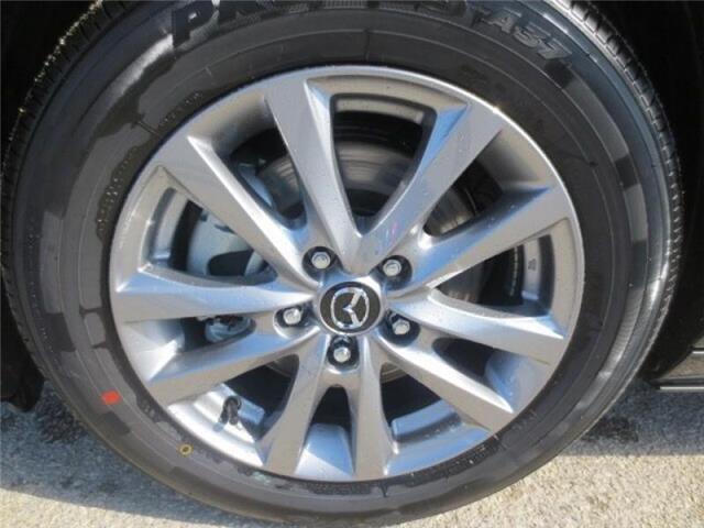 2019 Mazda Mazda3 GS Auto i-Active AWD (Stk: M19153) in Steinbach - Image 7 of 25