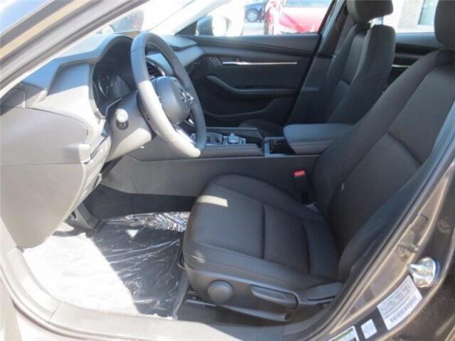 2019 Mazda Mazda3 GS Auto i-Active AWD (Stk: M19153) in Steinbach - Image 10 of 25