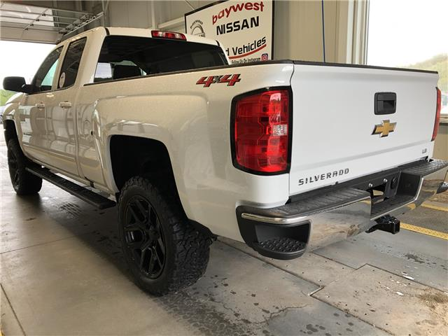 2019 Chevrolet Silverado 1500 LD LT (Stk: P0693) in Owen Sound - Image 3 of 12