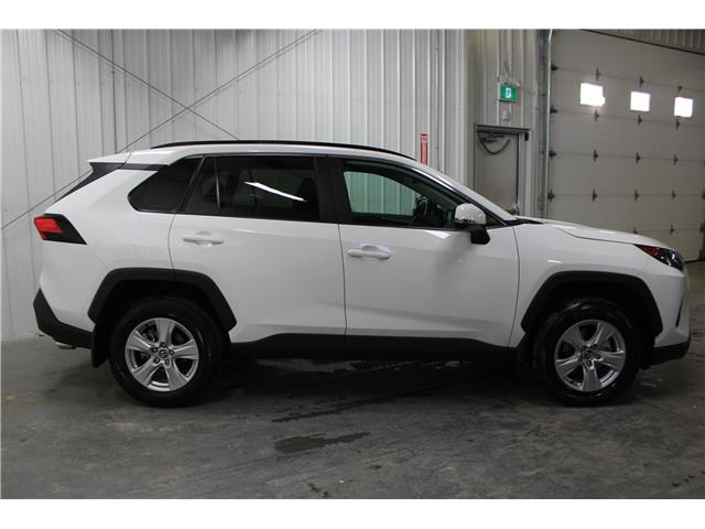 2019 Toyota RAV4 LE (Stk: C034764) in Winnipeg - Image 5 of 25