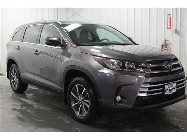 2019 Toyota Highlander XLE (Stk: S608532) in Winnipeg - Image 4 of 28