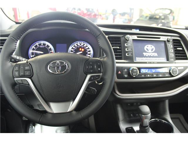 2019 Toyota Highlander XLE (Stk: S608532) in Winnipeg - Image 10 of 28