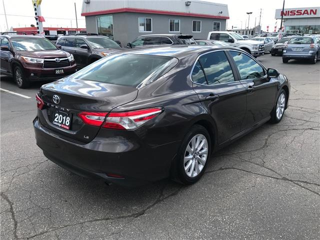 2018 Toyota Camry  (Stk: P0055590) in Cambridge - Image 5 of 15