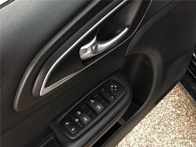 2015 Chrysler 200 LX (Stk: 35281W) in Belleville - Image 19 of 26