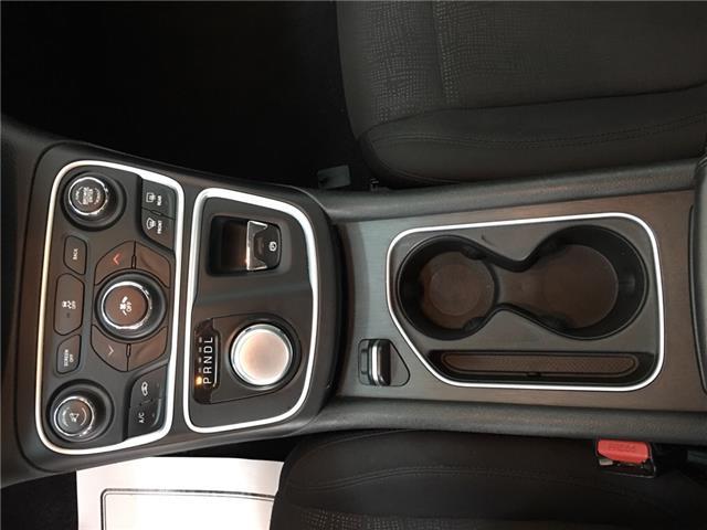 2015 Chrysler 200 LX (Stk: 35281W) in Belleville - Image 17 of 26