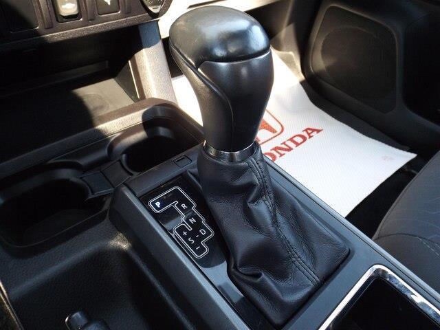 2016 Toyota Tacoma SR5 V6 (Stk: P7424) in Pembroke - Image 23 of 30