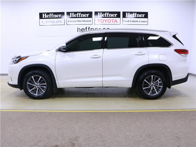 2017 Toyota Highlander XLE (Stk: 195829) in Kitchener - Image 2 of 34