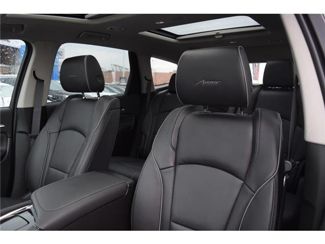 2019 Buick Enclave Avenir/DEMO/LOADED!/AWD/DUAL MNRF/HTD&CLD LTHR STS (Stk: 110991D) in Milton - Image 11 of 27