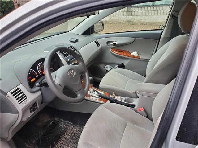 2010 Toyota Corolla LE (Stk: KC835704B) in Scarborough - Image 2 of 6