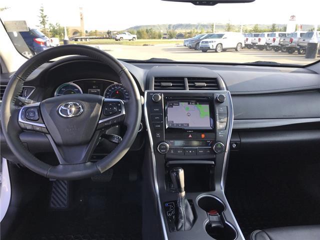 2017 Toyota Camry Hybrid XLE (Stk: 2917) in Cochrane - Image 13 of 15