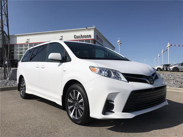 2019 Toyota Sienna LE 7-Passenger (Stk: 2901) in Cochrane - Image 1 of 15