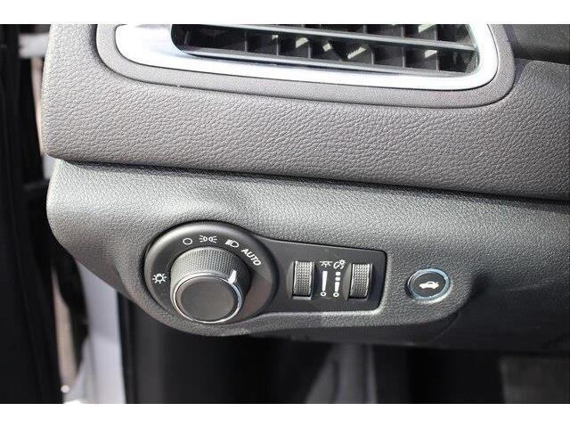 2016 Chrysler 200 LX (Stk: P0032) in Petawawa - Image 17 of 19
