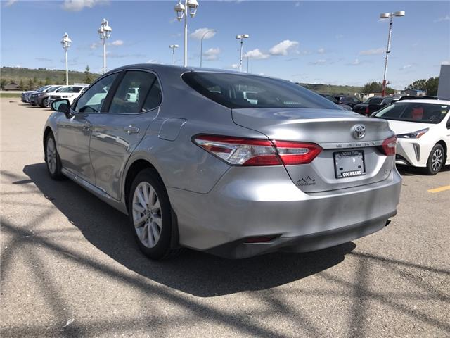 2019 Toyota Camry LE (Stk: 2858) in Cochrane - Image 5 of 15