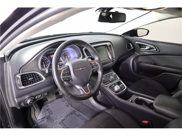 2016 Chrysler 200 Limited (Stk: U-0596) in Huntsville - Image 17 of 34