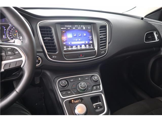 2016 Chrysler 200 Limited (Stk: U-0596) in Huntsville - Image 25 of 34