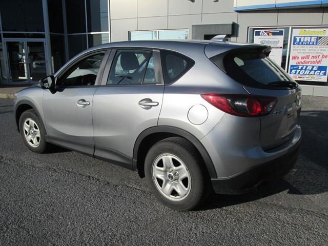 2013 Mazda CX-5 GX (Stk: 207681) in Gloucester - Image 2 of 11