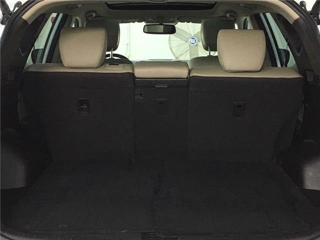2017 Hyundai Santa Fe Sport 2.4 Luxury (Stk: 35486J) in Belleville - Image 11 of 30