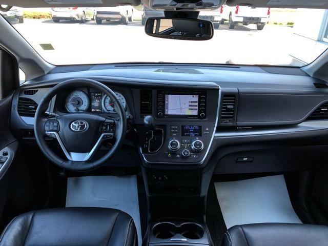 2018 Toyota Sienna 7-Passenger (Stk: W4821A) in Cobourg - Image 9 of 25