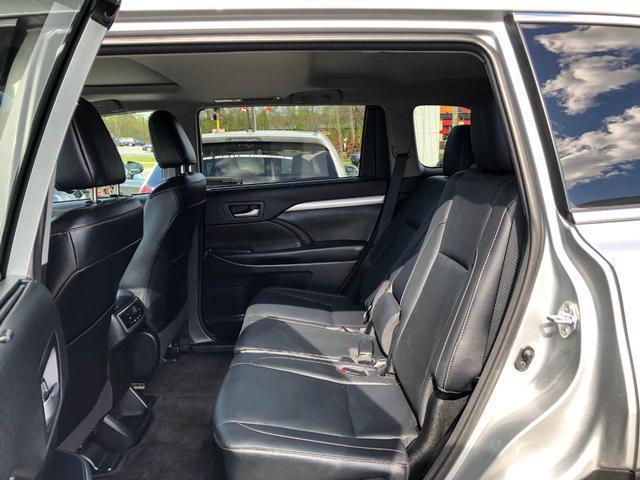2018 Toyota Highlander XLE (Stk: W4762) in Cobourg - Image 23 of 24