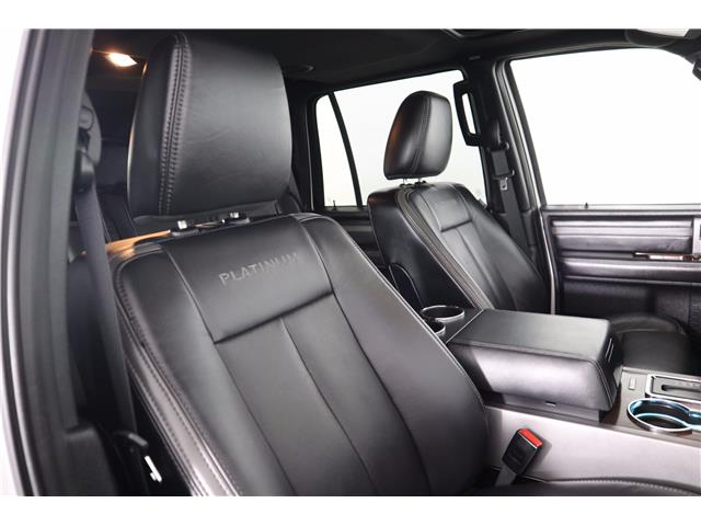 2017 Ford Expedition Platinum (Stk: 19-474A) in Huntsville - Image 16 of 38