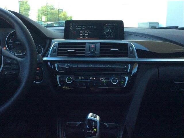 2018 BMW 330i xDrive Touring (Stk: P9171) in Gloucester - Image 17 of 25