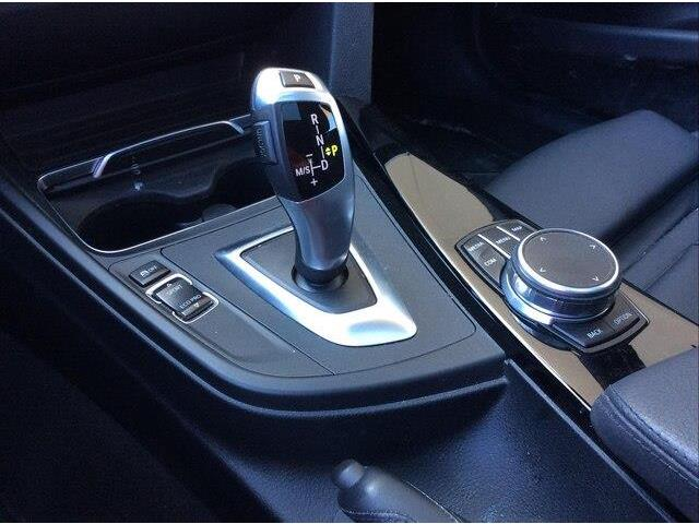 2018 BMW 330i xDrive Touring (Stk: P9171) in Gloucester - Image 18 of 25