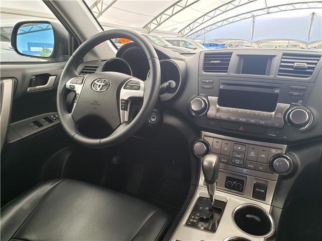 2013 Toyota Highlander V6 (Stk: L20022A) in Calgary - Image 19 of 23