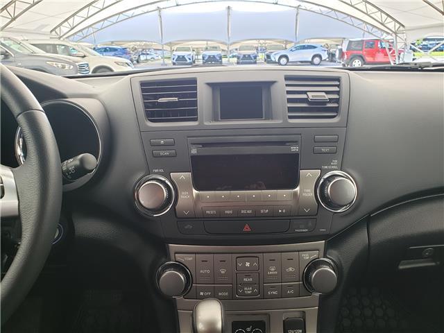 2013 Toyota Highlander V6 (Stk: L20022A) in Calgary - Image 20 of 23