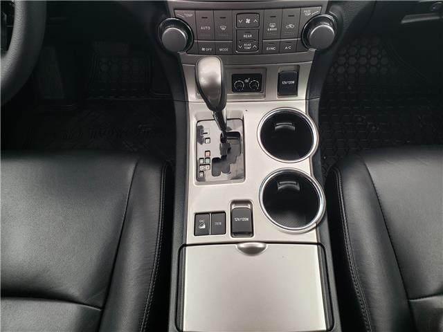 2013 Toyota Highlander V6 (Stk: L20022A) in Calgary - Image 21 of 23