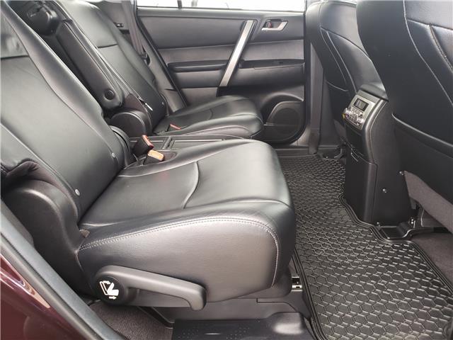2013 Toyota Highlander V6 (Stk: L20022A) in Calgary - Image 15 of 23