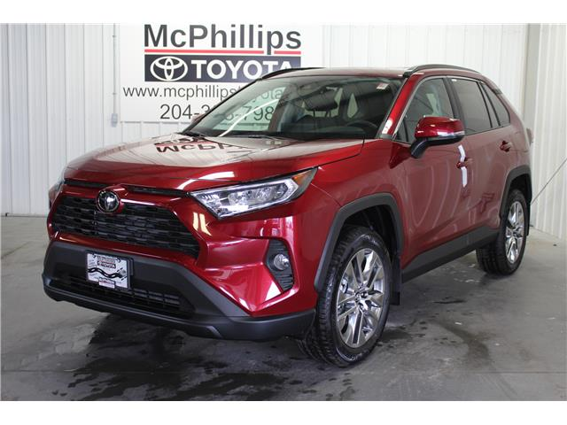 2019 Toyota RAV4 XLE (Stk: C036122) in Winnipeg - Image 1 of 26