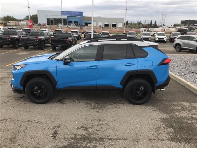 2019 Toyota RAV4 Trail (Stk: 190363) in Cochrane - Image 2 of 28