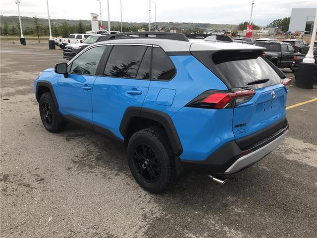 2019 Toyota RAV4 Trail (Stk: 190363) in Cochrane - Image 3 of 28