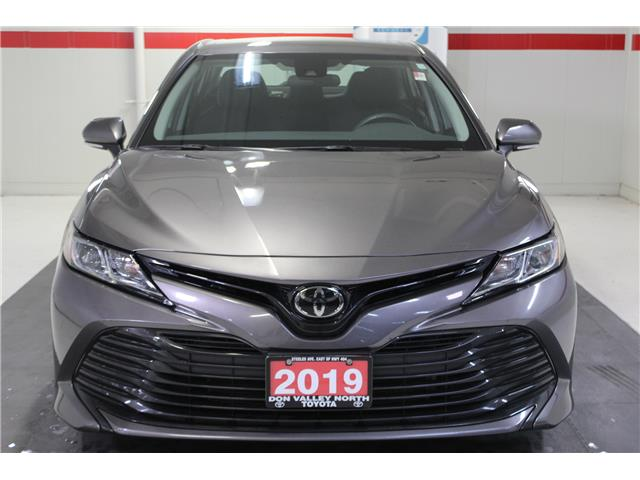 2019 Toyota Camry LE (Stk: 299117S) in Markham - Image 3 of 25