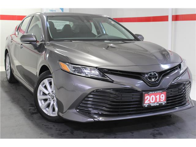 2019 Toyota Camry LE (Stk: 299117S) in Markham - Image 1 of 25