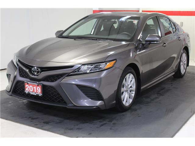 2019 Toyota Camry SE (Stk: 299120S) in Markham - Image 4 of 25
