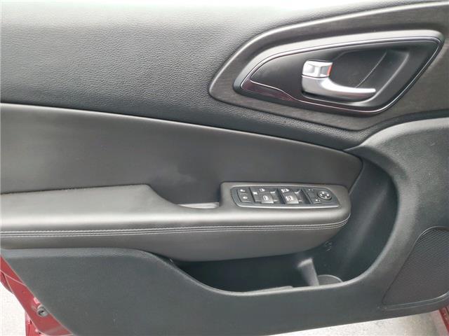 2016 Chrysler 200 S (Stk: I15661) in Thunder Bay - Image 10 of 14