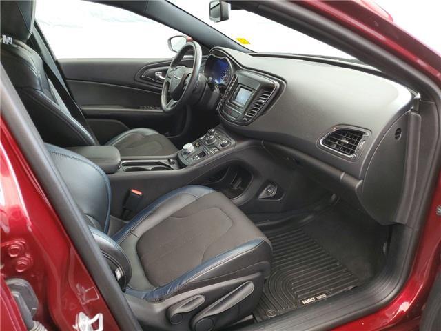 2016 Chrysler 200 S (Stk: I15661) in Thunder Bay - Image 13 of 14