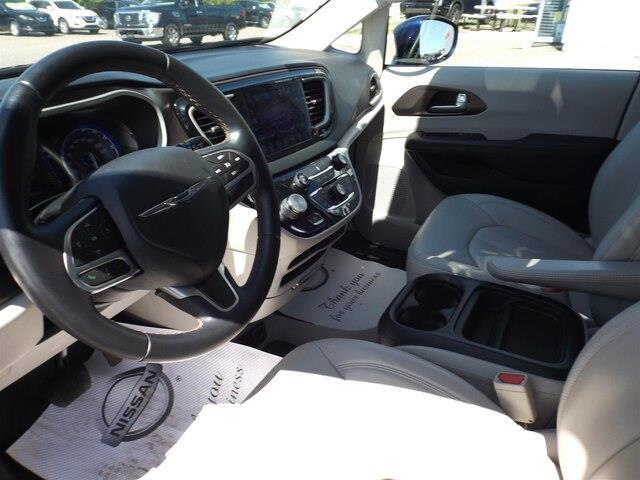 2017 Chrysler Pacifica Touring-L (Stk: 20000A) in Pembroke - Image 16 of 26