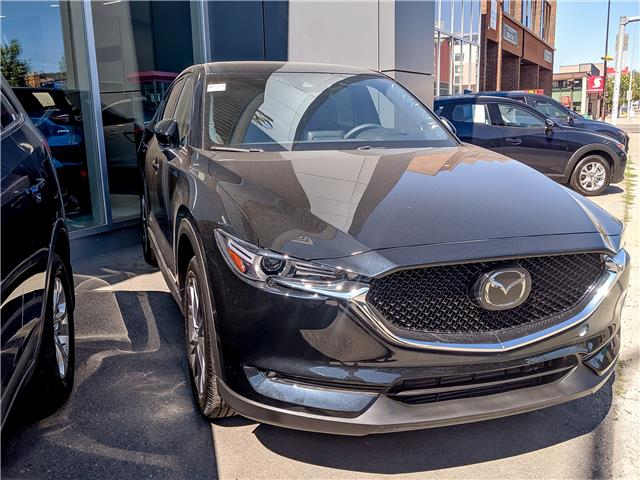 2019 Mazda CX-5 Signature (Stk: H1788) in Calgary - Image 1 of 10